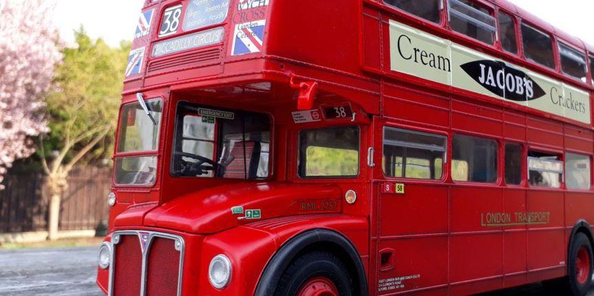 LONDON BUS (1/24,REVELL)