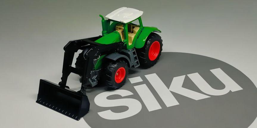 FENDT 1050 VARIO FRONT LOADER(SIKU)