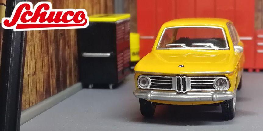 BMW 2002 (1/64,SCHUCO)